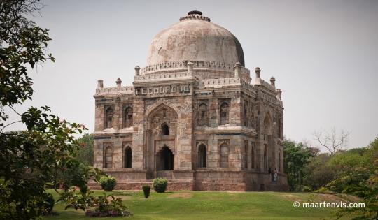 20090330 4861 540x315 - Lodi Gardens, New Delhi