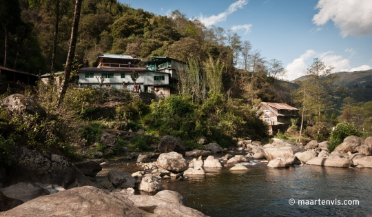 Hiking to Sinkhola India Nepal