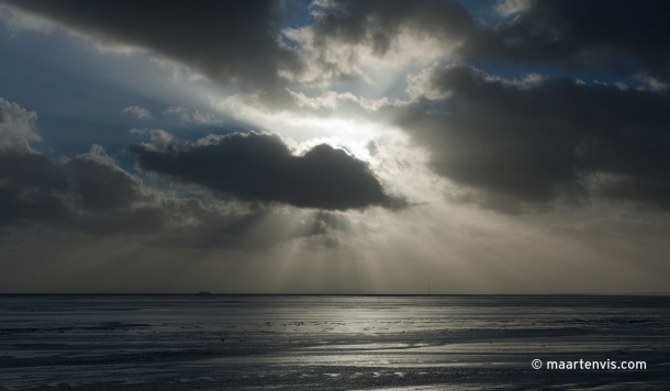 20111126 7427 610x356 - Sunset daydream