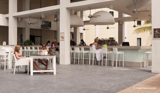20120321 3456 610x355 - Papagayo Beach