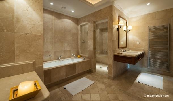 20121027 1584 610x355 - La Residencia, Deia
