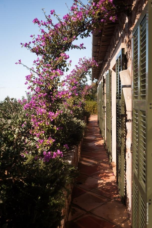 20121028 1674 610x916 - La Residencia, Deia