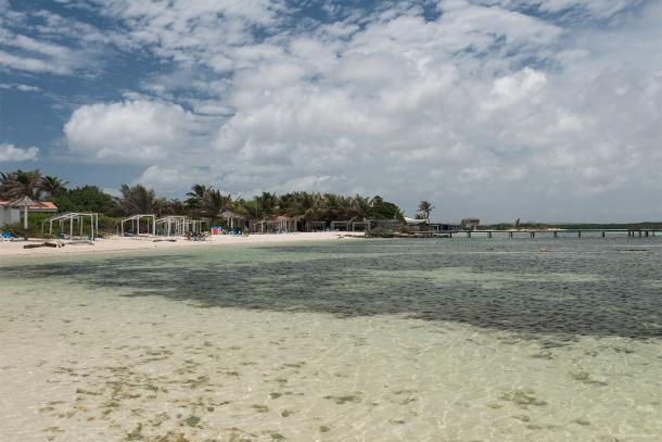 20130910 3306 610x407 - Sorobon Beach