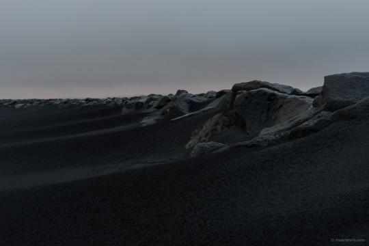 20131104 5918 540x360 - On A Black Beach