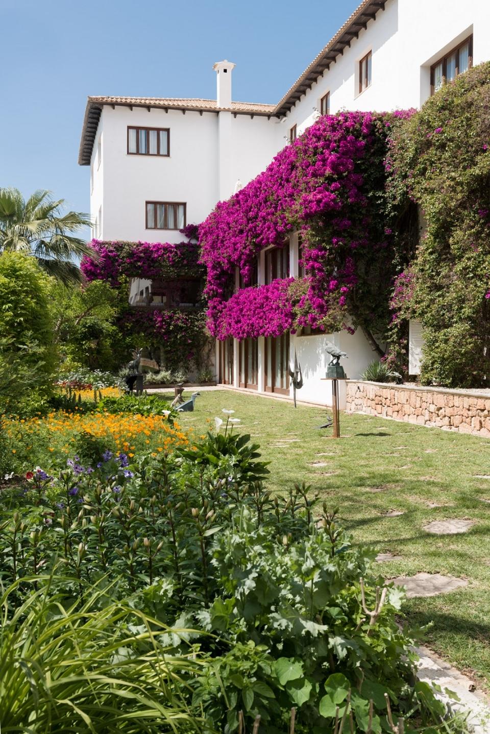 20140429 9310 960x1438 - Hotel Formentor in Spring