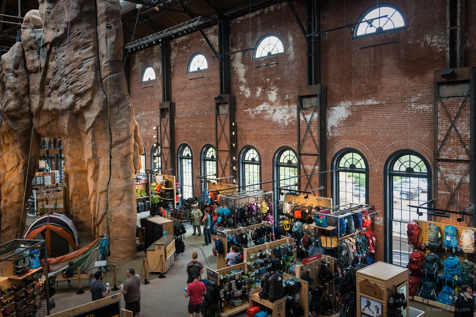 Rei Outdoor Store Indonesia Rei Flagship Store By