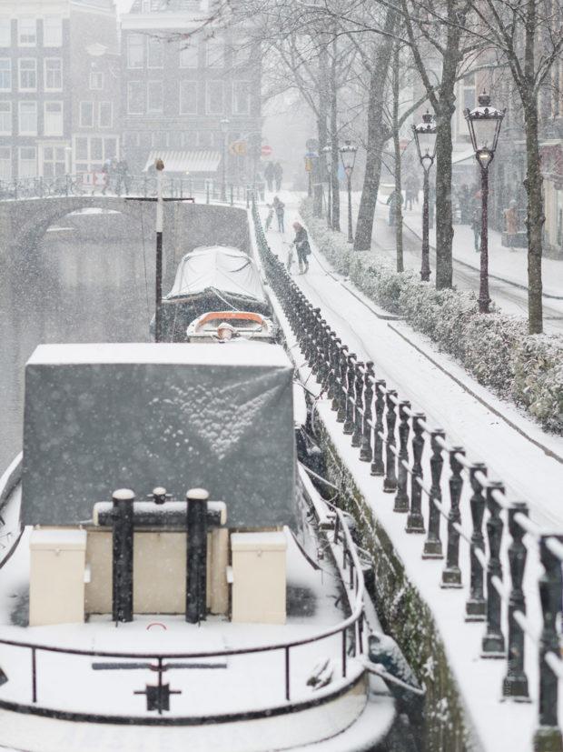 20170211 7939 620x827 - Snow in Amsterdam