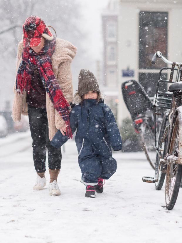 20170211 7945 620x827 - Snow in Amsterdam