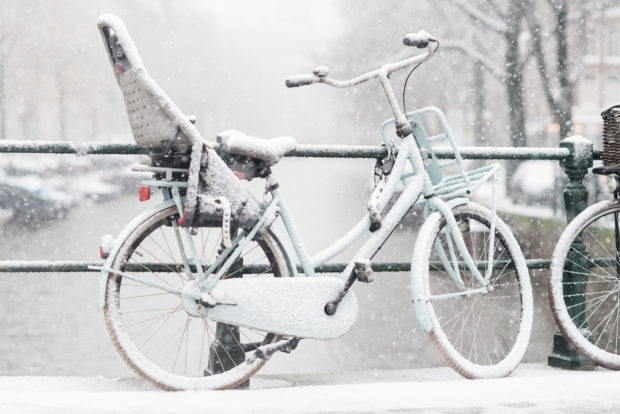 20171210 8810 620x414 - Snow in Amsterdam