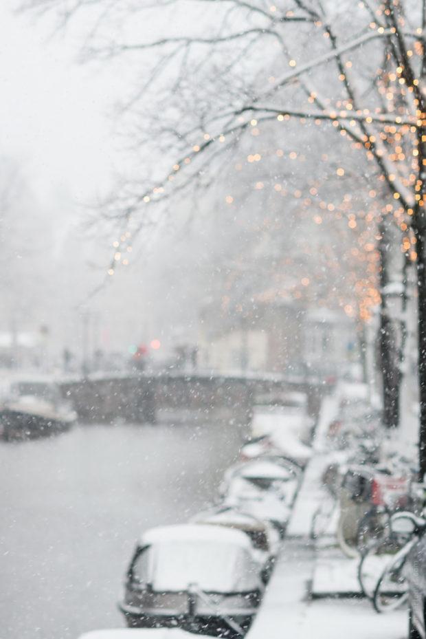 20171210 8959 620x929 - Snow in Amsterdam