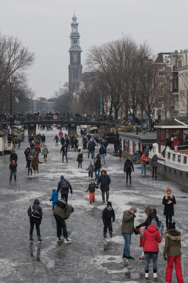 20180303 3639 620x930 - Ice Skating on the Amsterdam Canals